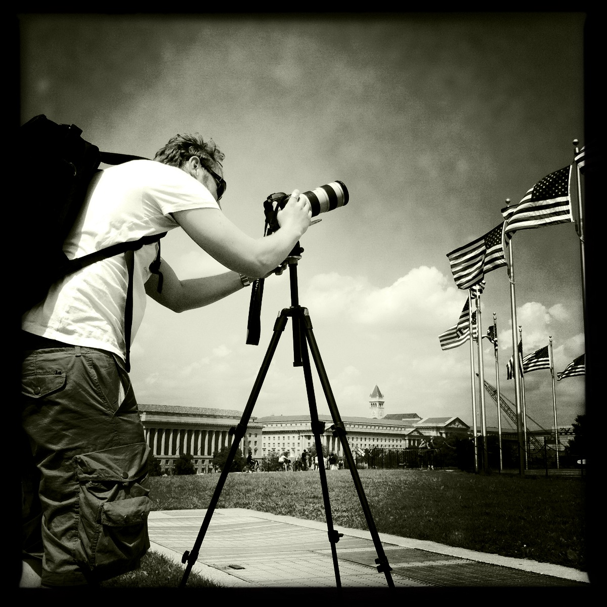 Jean Nicholas Guillo filming at the National Mall for Moneyocracy-project.com
